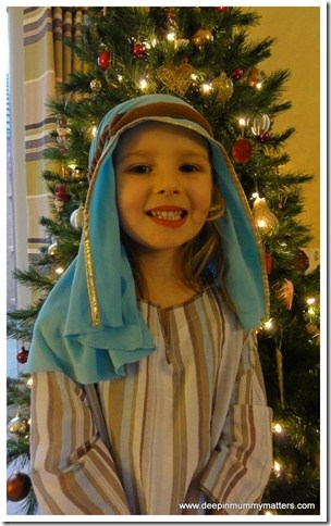 Little Bean's First School Christmas Production . . . 1