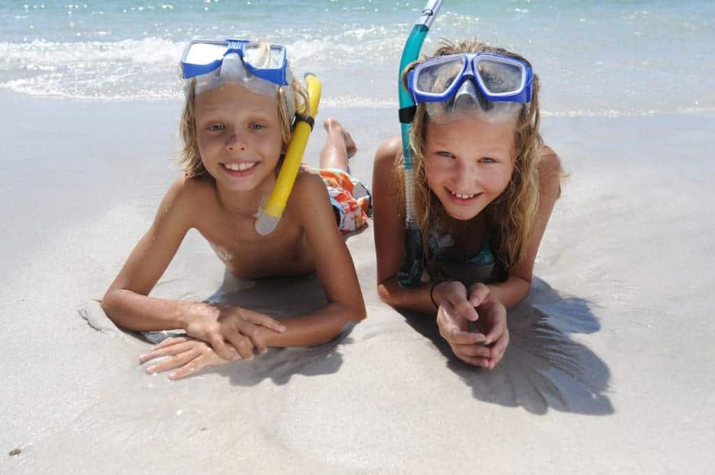 Buccament-Bay_children-beach