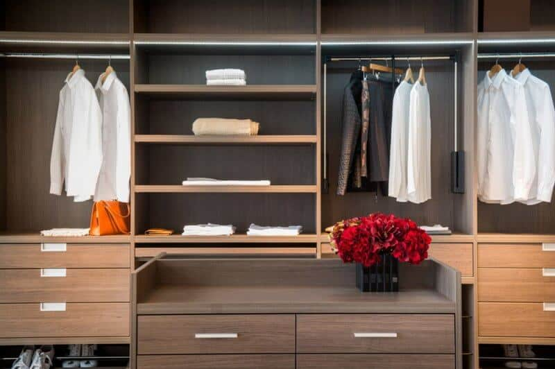 Using a handyman to assemble flat pack furniture and walk in wardrobes mummy matters - Diy tips assembling flat pack furniture ...