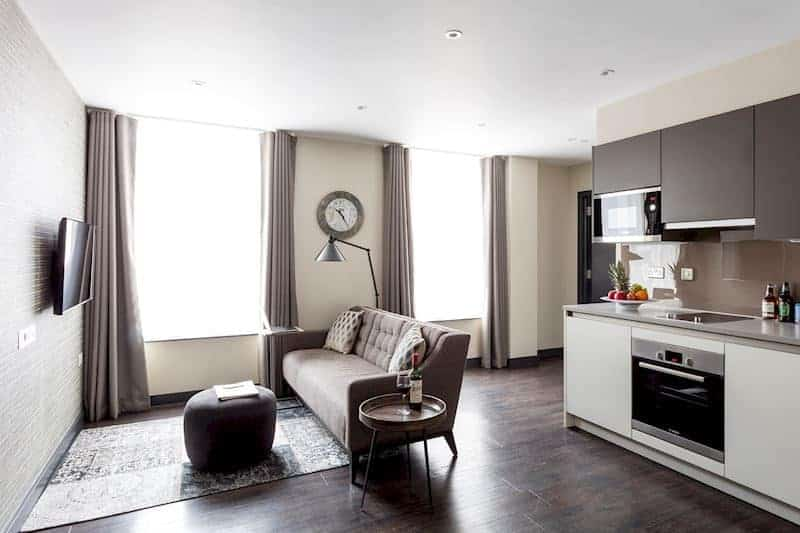 London-serviced apartments