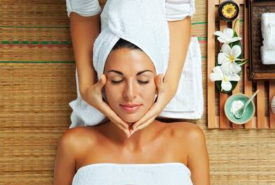 Study of top UK mummy bloggers reveals most relaxing spa treatments according to science 1