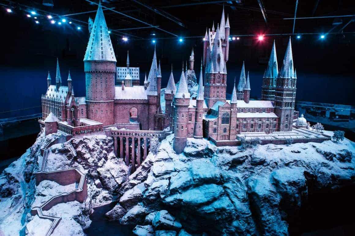 Hogwarts castle model in the snow (6)