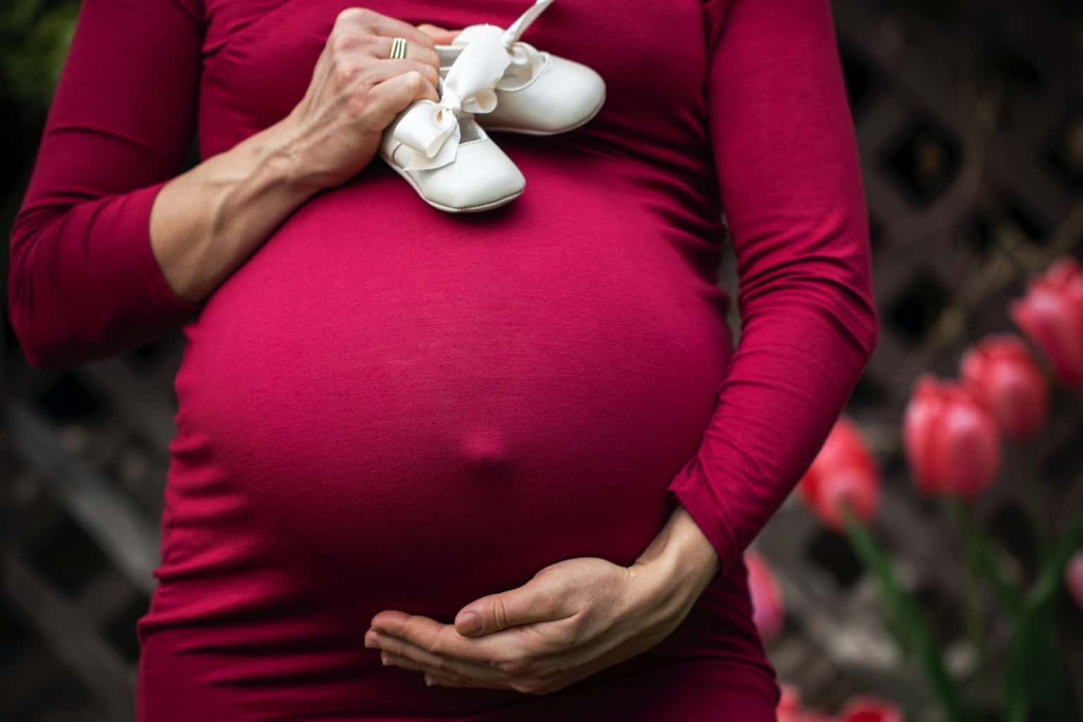 Helping your friend through their first pregnancy