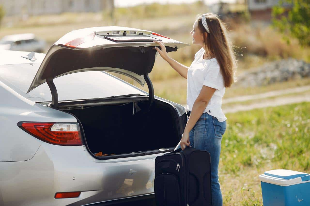 6 Valuable Tips For a Safe And Pleasant Road Trip With a Baby