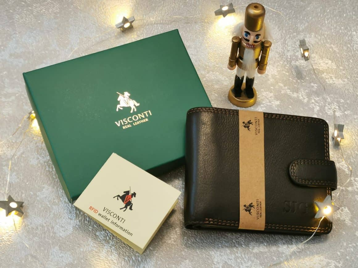 Engravers Guild Personalised Leather Wallet
