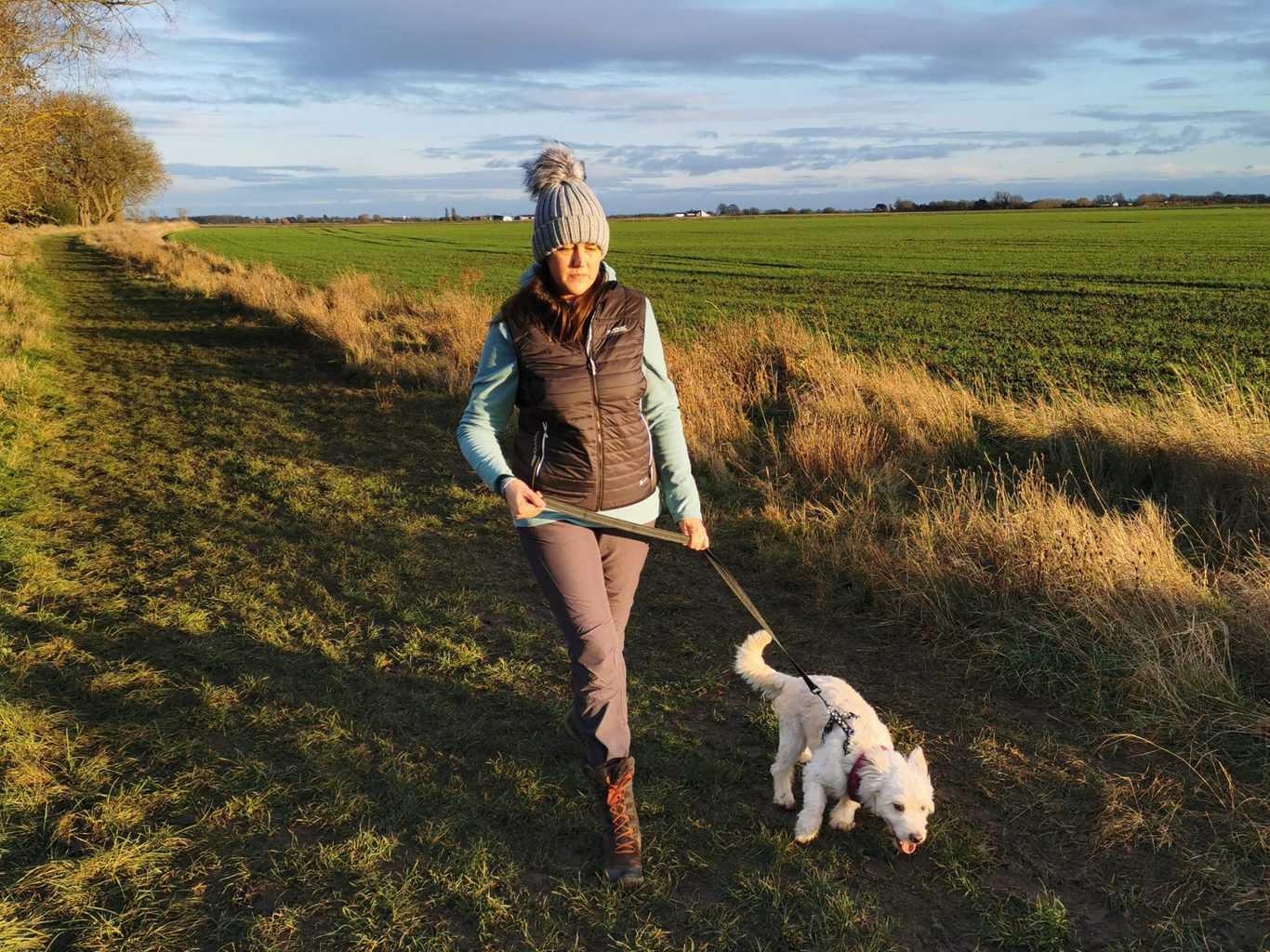 5 Winter Dog Walking Tips #ad 4
