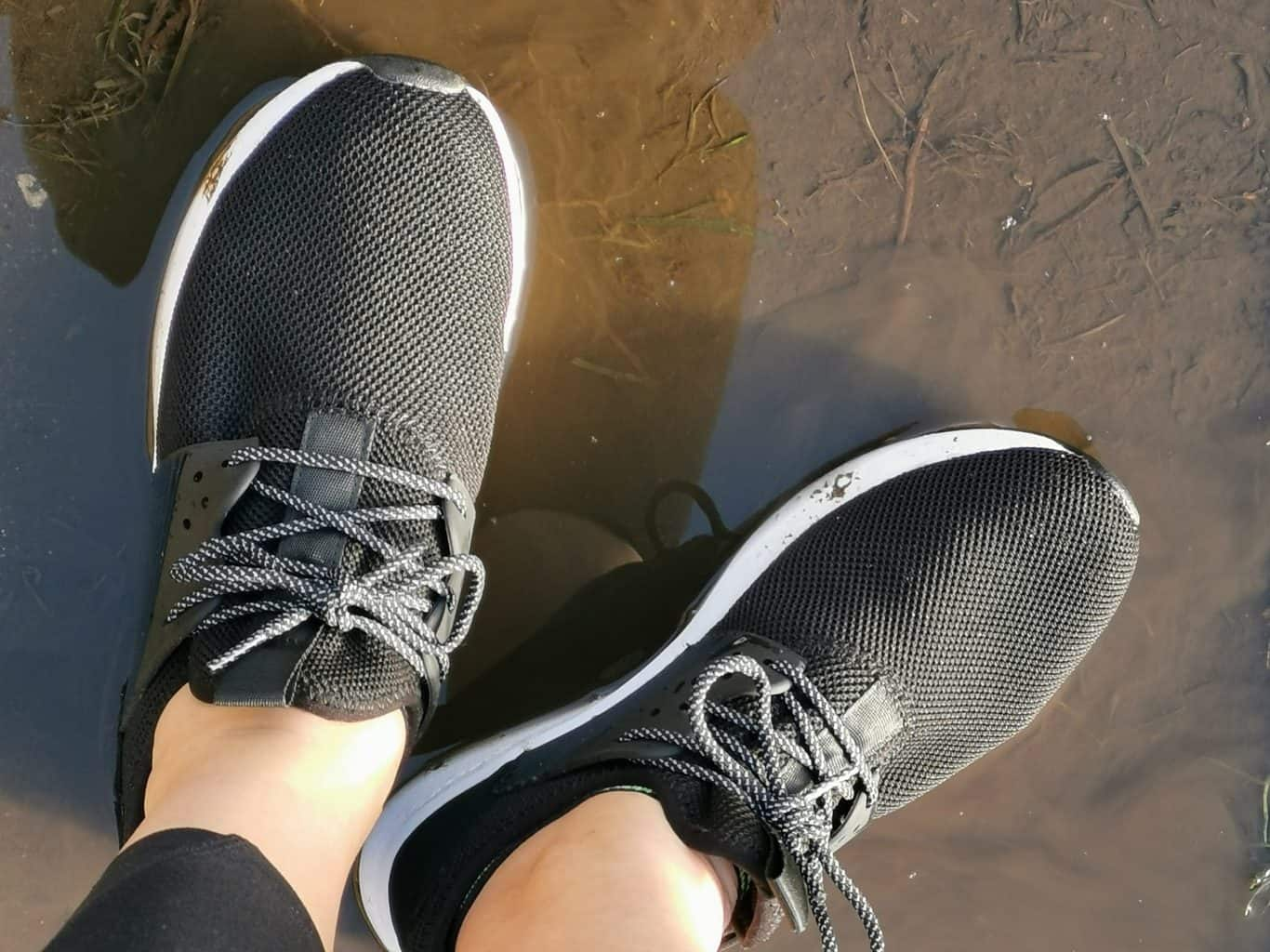 Loom Eco-Friendly Waterproof shoe Review #Ad 1
