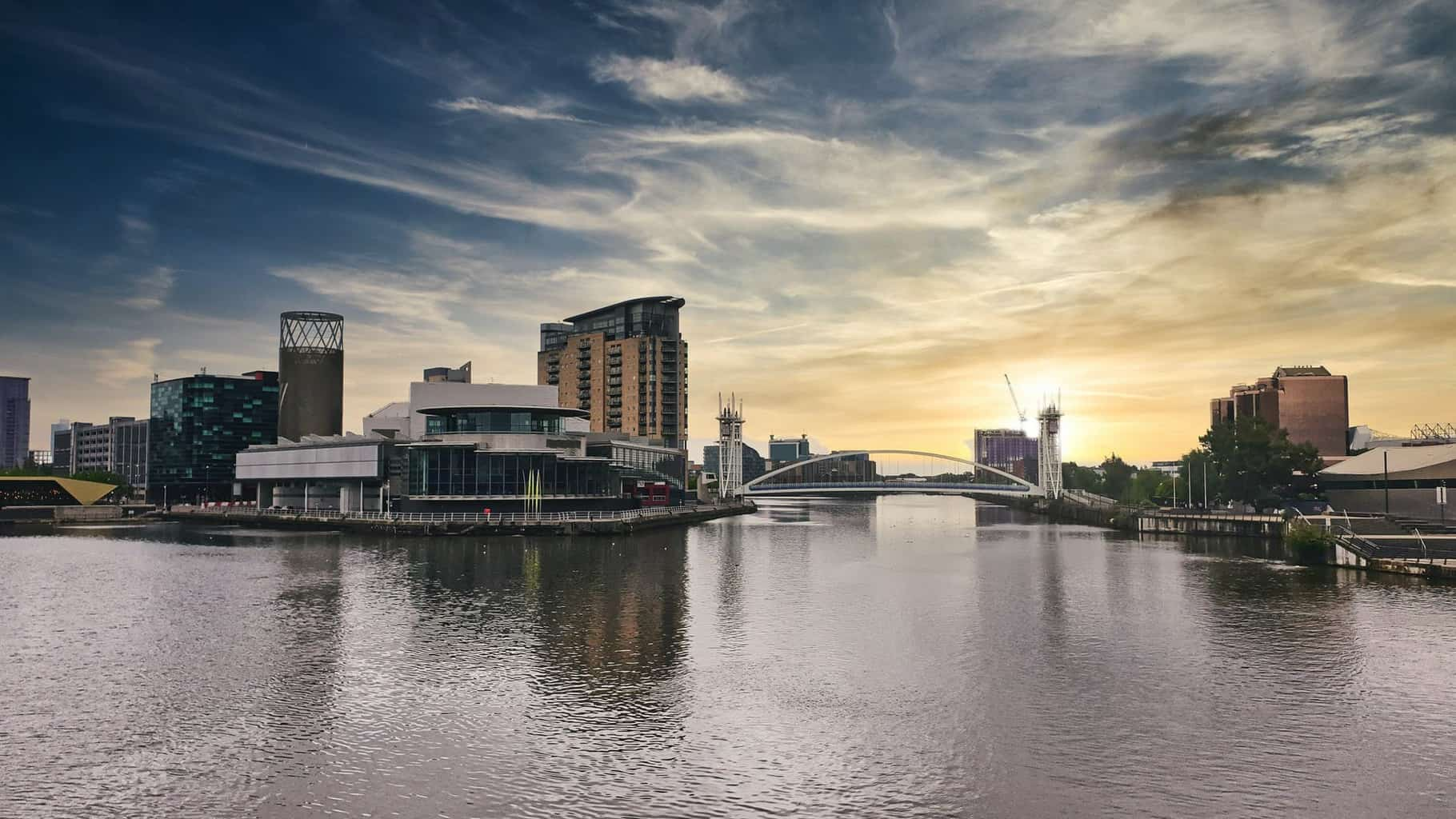 Make Manchester part of your UK staycation