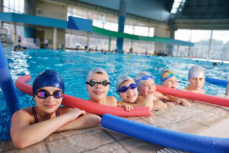 7 Major Benefits of Swimming Lessons for Children