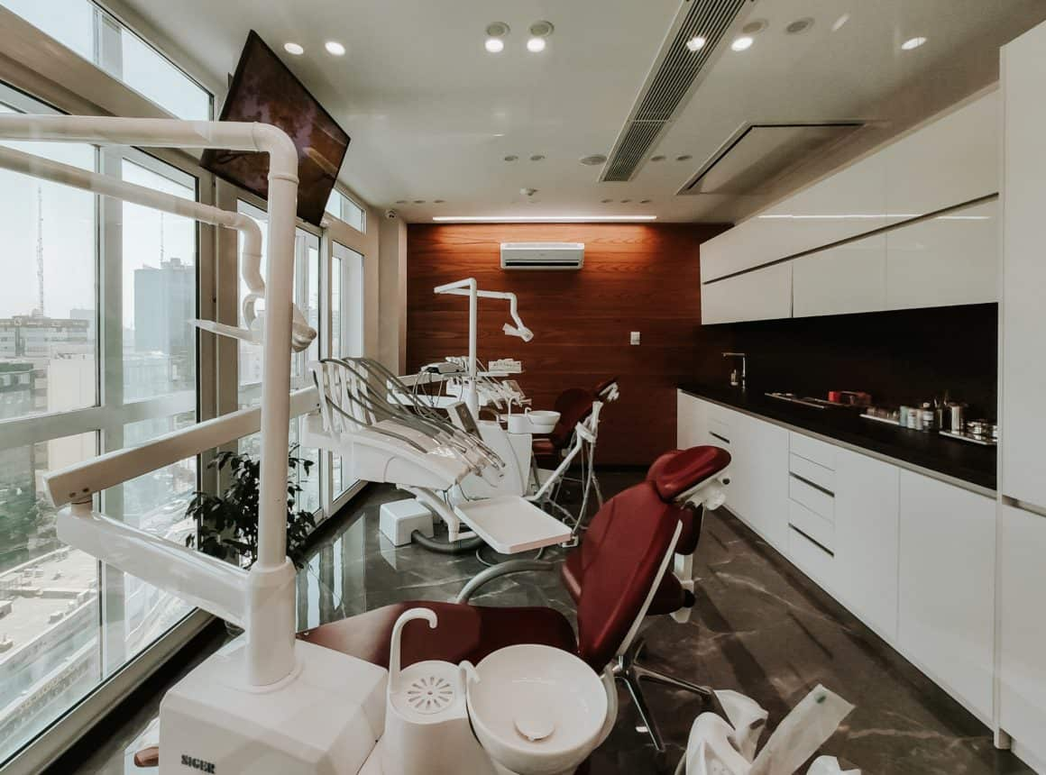 Can a dentist help you with oral surgery?