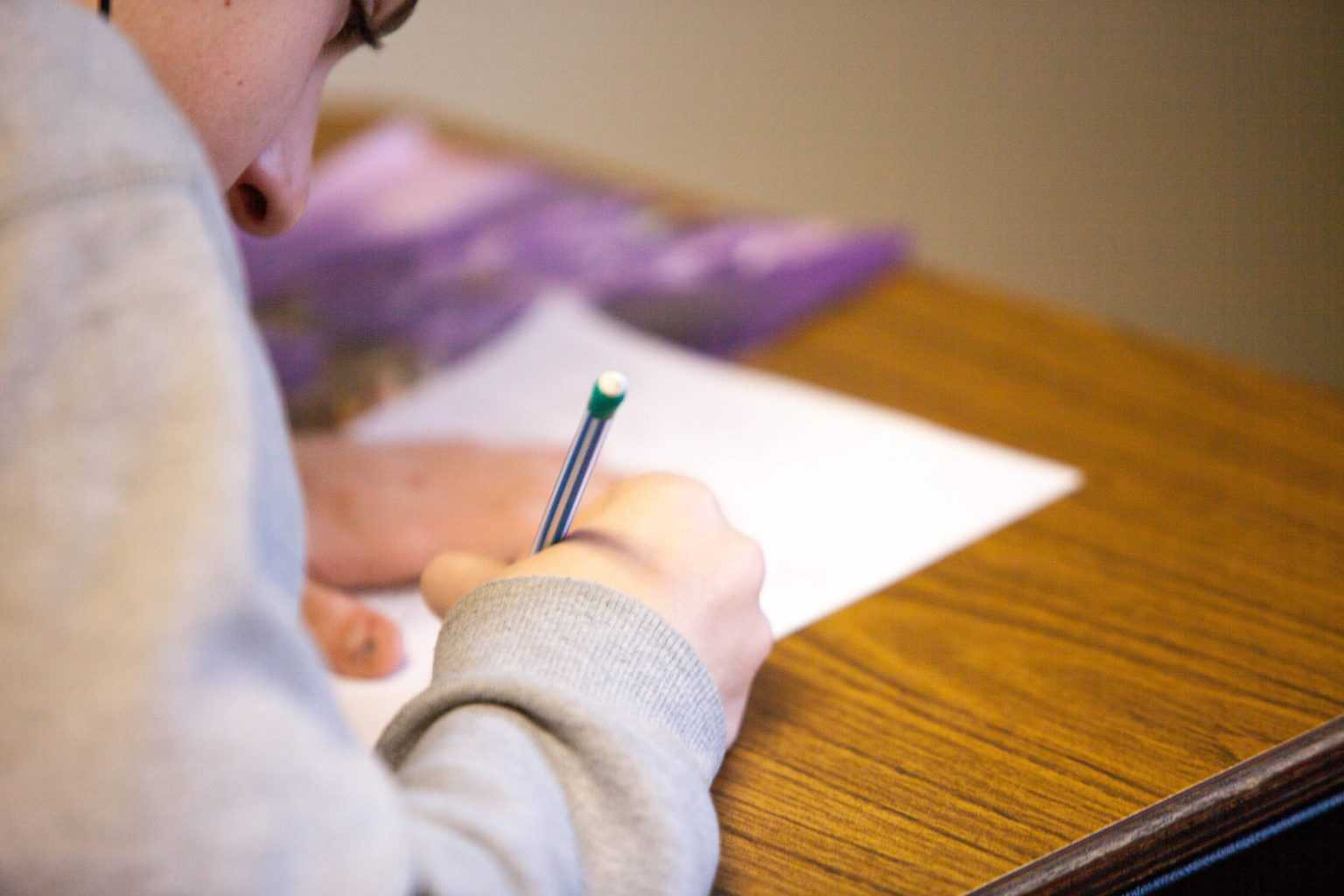 5 Reasons to Study GCSE's at a College