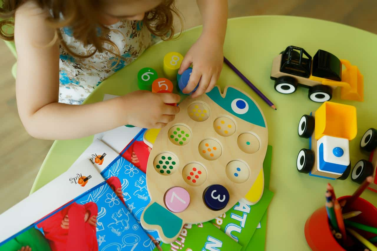 4 Amazing Benefits of Daycare for Young Children