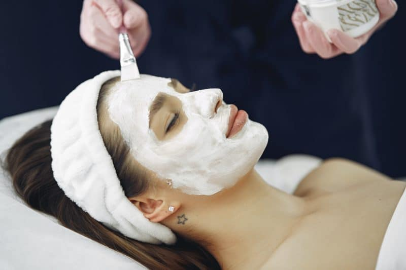 Types of Facial Treatment Offered by Singapore Beauty Salon