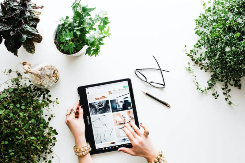 8 Tips to Save Money While Shopping Online