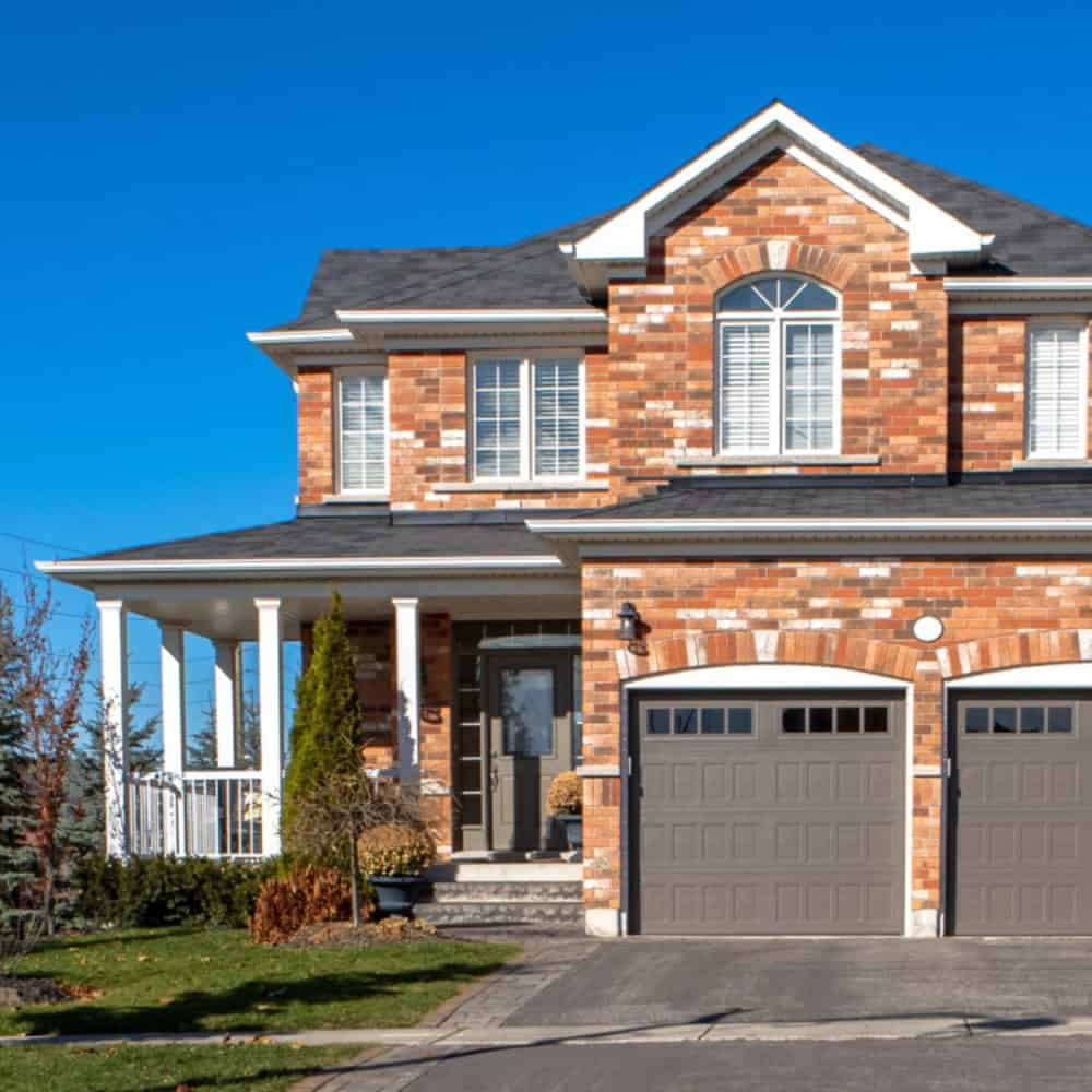 A Tale of Two Storeys: The Pros and Cons of a Two Storey Home
