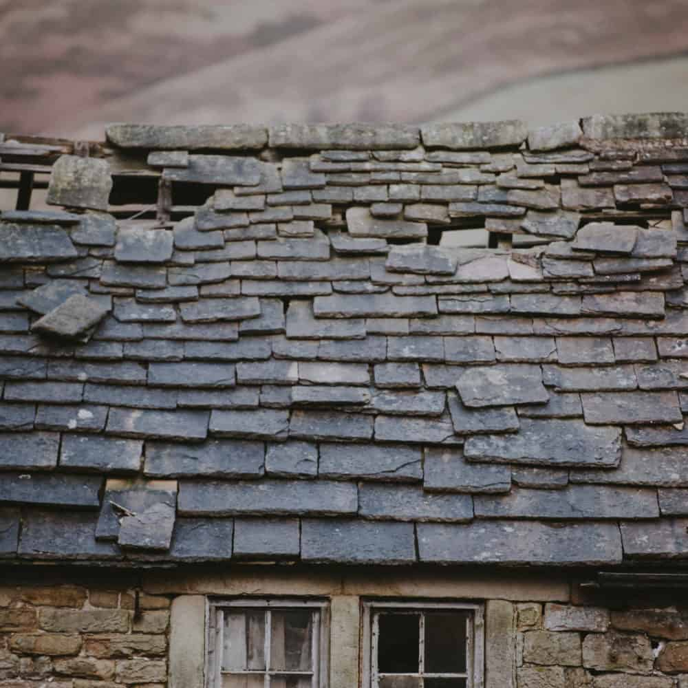 Signs of Roof Problems That You Need to Be Aware of