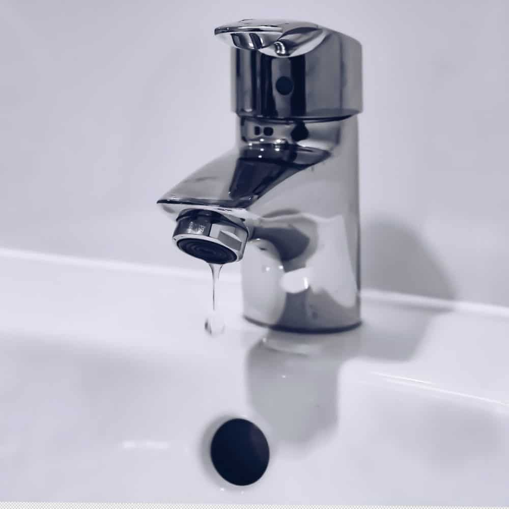 How to Keep Your Taps Sparkling Clean