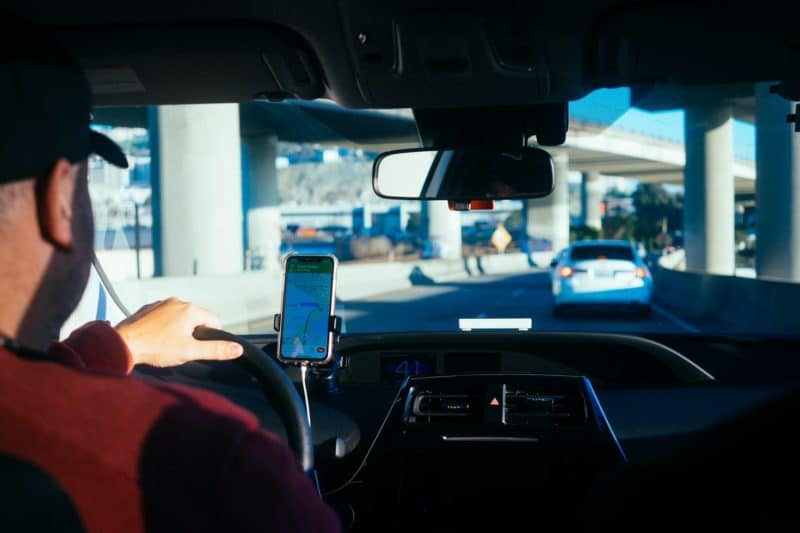 How To Stay Safe While Using Ridesharing Services